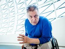 Veelbesproken kunstenaar Rob Scholte voorlopig niet uit eigen museum gezet