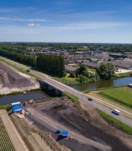 Omrijden tussen Kampen en Lelystad blijft nog even
