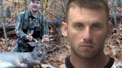 Jager gebruikt lokfluitje voor dieren maar dat trekt aandacht van collega. Die legt aan en vuurt