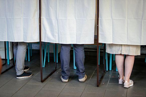 Een vrederechter stapt naar de rechter voor te veel werk op verkiezingsdag.
