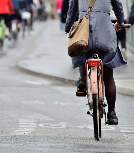 Vrouwen willen minder ver reizen voor hun werk dan mannen