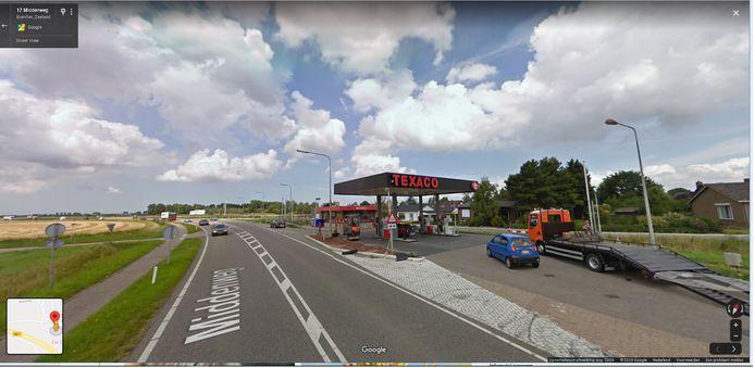 In het tankstation van De Pooter Olie in Biervliet kunnen inwoners of passanten sinds kort terecht voor een vergeten boodschap.