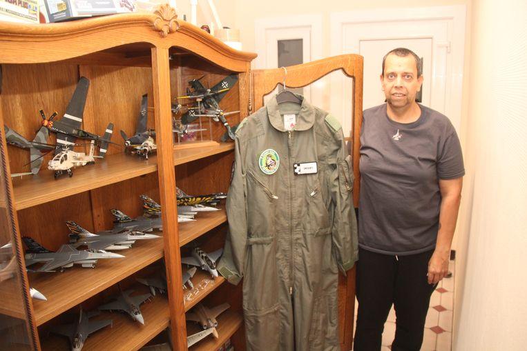 Wim heeft een hele collectie zelfbouw F-16's.