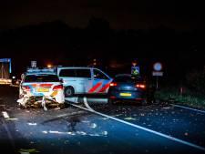 Vlaggen politiebureaus Amsterdam halfstok na dood agent Brabant