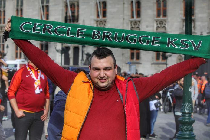 Deze Turkse fan heeft gevoel voor humor
