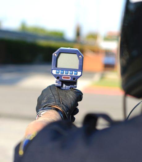 Zeventig km/u te hard op Sloeweg: rijbewijs kwijt