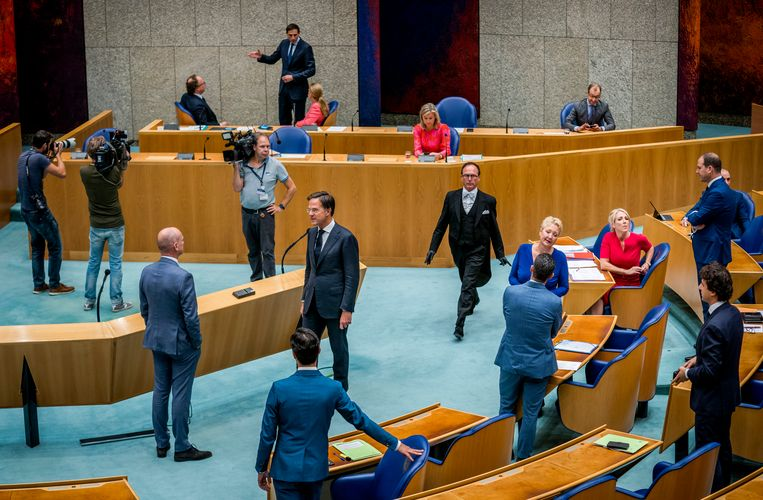 De Tweede Kamer voor aanvang van de Algemene Politieke Beschouwingen. Beeld Freek van den Bergh / de Volkskrant