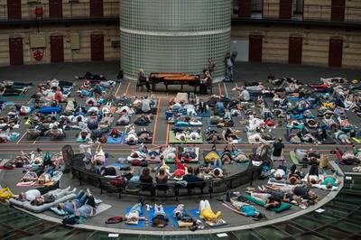 De Koepel in Breda als concertlocatie: een soort festivalterrein