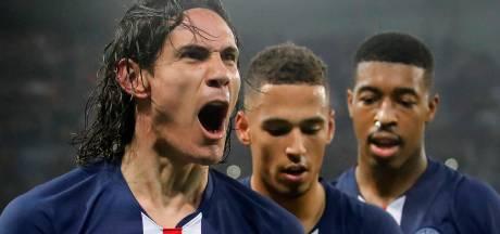 Mijlpaal Cavani en rood Neymar bij doelpuntenfestijn in Parijs