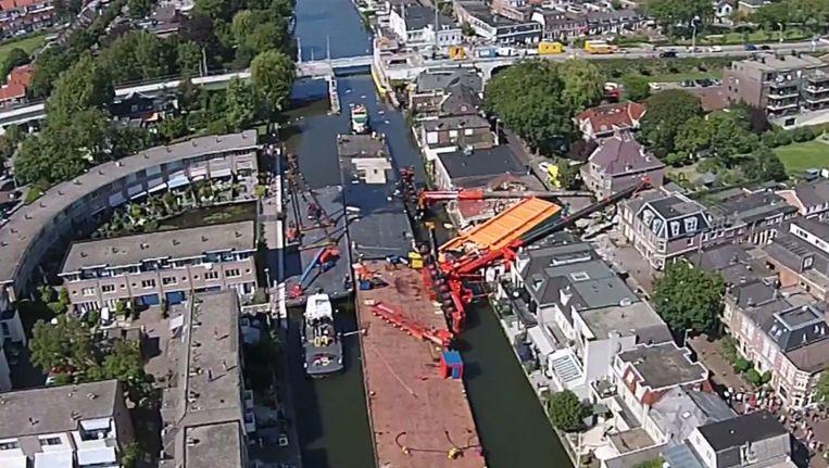 De ravage in Alphen aan den Rijn gezien vanuit de lucht. Beeld anp