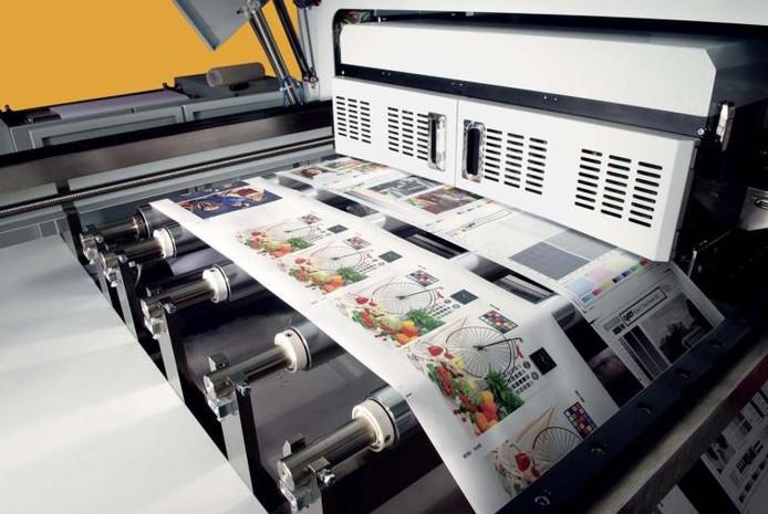 949332fb195 De Océ Jetstream 2200, die 2200 A4tjes per minuut print, maakt gebruik van  technologie