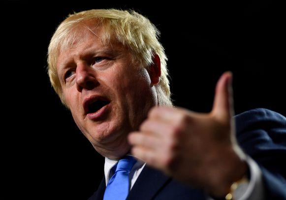 Johnson trekt fel van leer tegen de parlementsleden.