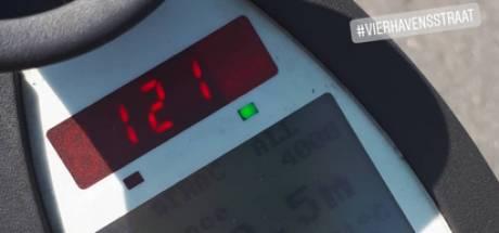 Bestuurder rijdt 121 km/u waar 50 mag: snelheidscontrole levert flink wat bekeuringen op
