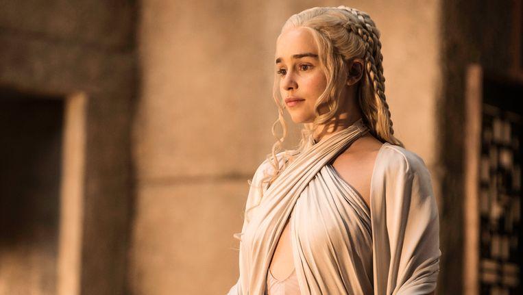Emilia Clarke in 'Game of Thrones', één van de tv-series die 'binge-watchers' zeker smaken.