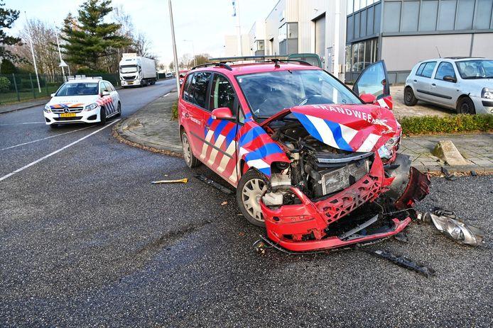 Brandweerauto betrokken bij een ongeluk in Etten-Leur.