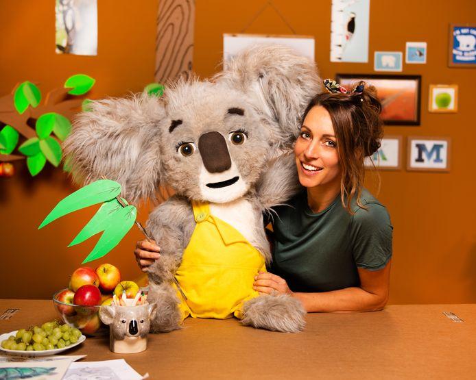 Liselot Jansen van Zoobiyou met Koos de Koala