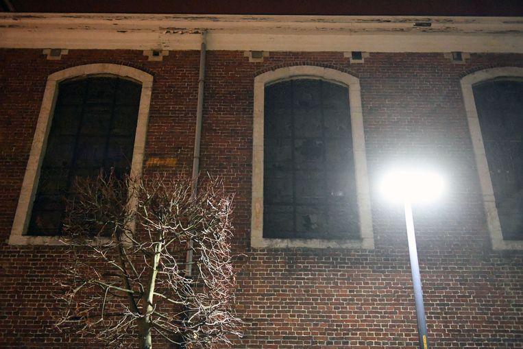 In Tremelo gooien vandalen ramen van kerk in.
