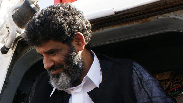 Abdullah al-Senussi komt aan bij de gevangenis in Tripoli. Libië. Beeld epa