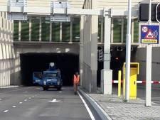 Wéér problemen in Stadsbaantunnel: dak lekt