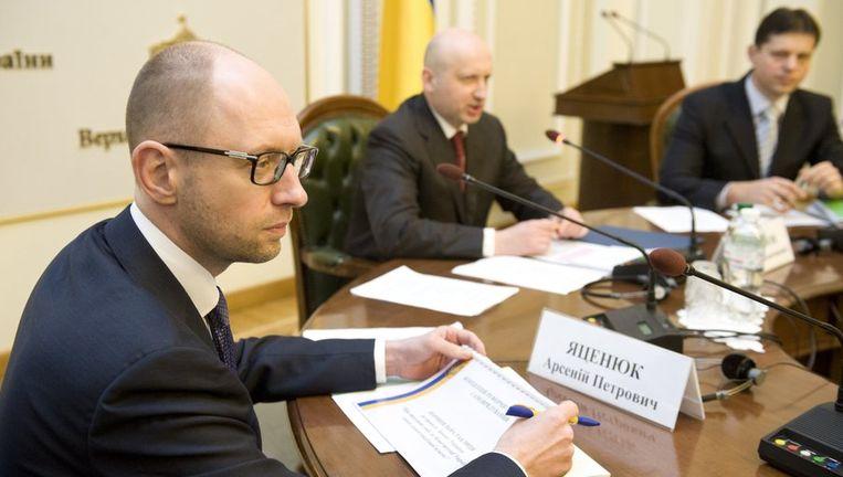 Premier Arseni Jatsenjoek Beeld reuters