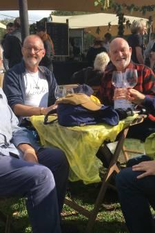 Bezoekers genieten van Tuckerville: 'Beetje regen mag de pret niet drukken'