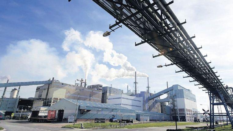 Het intussen failliete chemisch bedrijf Thermphos in Vlissingen-Oost was een voorbeeld van vervuilende basisproductie. Het bedrijf stootte lange tijd veel te veel dioxine uit. Beeld anp