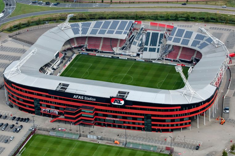 Az Wijkt Uit Naar Stadion Van Fc Twente Het Parool