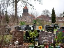 Het begraafbeleid in Lingewaard deugt niet, vinden deze partijen