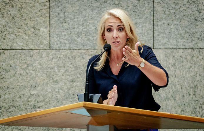 SP-leider Lilian Marijnissen in de Tweede Kamer. De partij komt met een wetsvoorstel om het minimumloon aanzienlijk te verhogen.