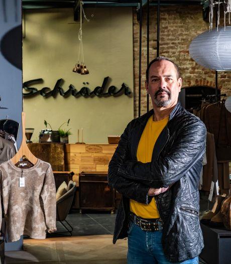 Modehuis Schräder maakt plaats voor Deventer boekenstrijd: 'Ziel en zaligheid gestopt in deze plek'