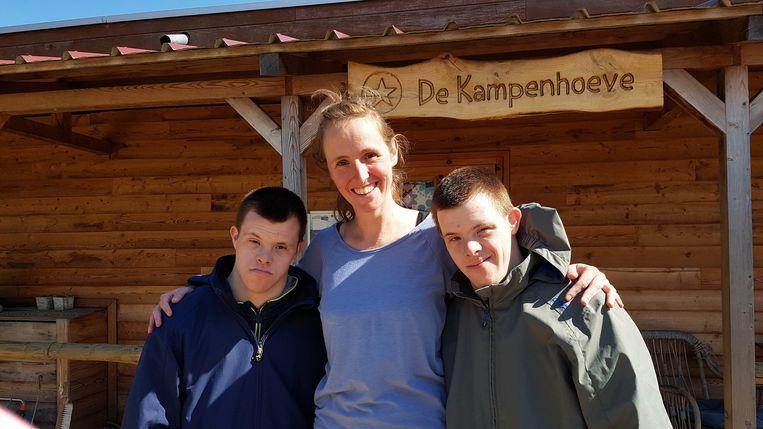 Monia Vereecken (35) uit Budingen wint jaarlijkse Prijs voor hippotherapie Ze onderzoekt het effect van hippotherapie bij mensen met het syndroom van Down bij De Kampenhoeve