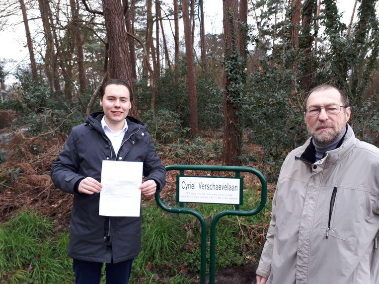Lid van Vlaams Belang Zoersel Boris Van Echelpoel (links) en fractieleider van de partij Jos van Dongen (rechts).