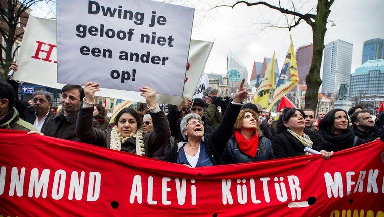 Demonstranten voeren actie tegen de Turkse premier Recep Tayyip Erdogan in Den Haag Beeld anp
