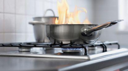 Buurtbewoners ruiken brand: buurman valt in slaap met pot witloof op vuur