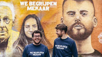 """Kledingmerk 'KLEIR' pakt uit met lijn rond Tourist LeMC: """"Heel blij dat we met ons idool kunnen samenwerken"""""""
