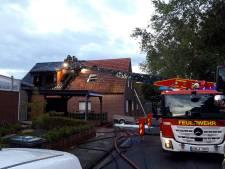 Verbouwing gaat mis, woning in Suderwick vliegt in brand