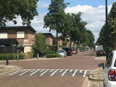 Aanwonenden Apeldoorns kruispunt: 'Verschrikkelijk, maar door steekincident voel ik me hier niet onveiliger'