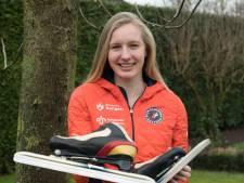 Famke Minnee uit Harderwijk strijdt voor het eerst met de grote namen: 'Gaaf, rijden voor een vol Thialf'