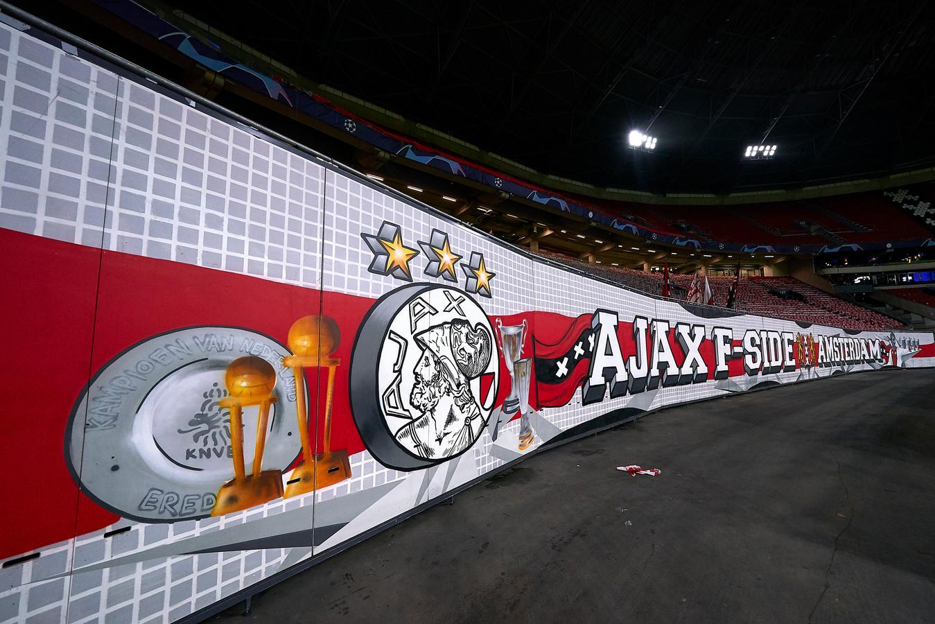 Ajax-fan Mats uit Doetinchem kwam de Arena niet binnen. Zijn kaarten bleken vals.  (Photo by Quality Sport Images/Getty Images)