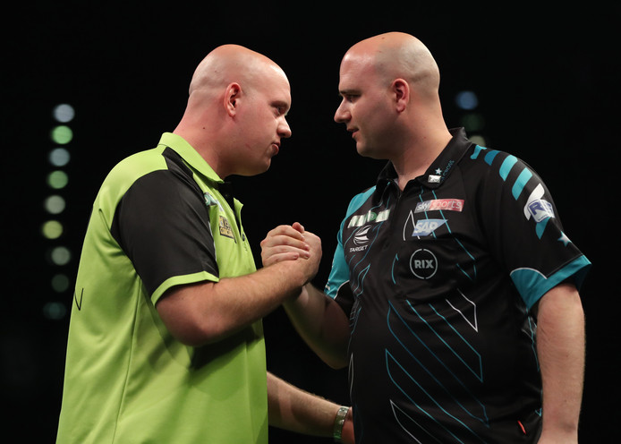 Michael van Gerwen en Rob Cross.