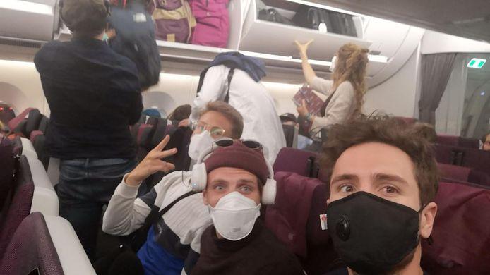 Sander Zuidhof op zijn vlucht vanuit Nepal naar Duitsland.