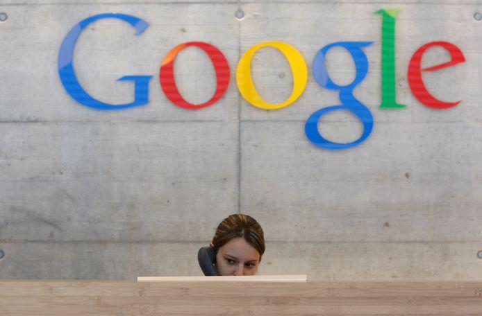 Google toont advertenties met Zwarte Piet niet meer.