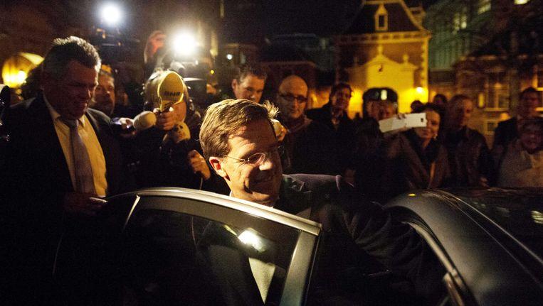 VVD-leider Rutte verlaat het Binnenhof, gisteren. Beeld ANP