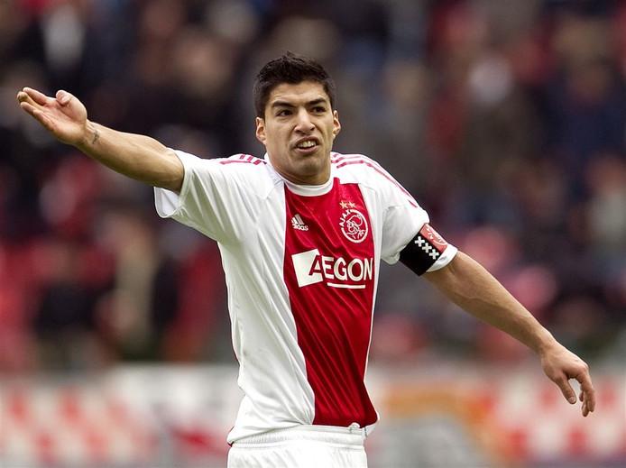 Luis Suarez in dienst van Ajax.