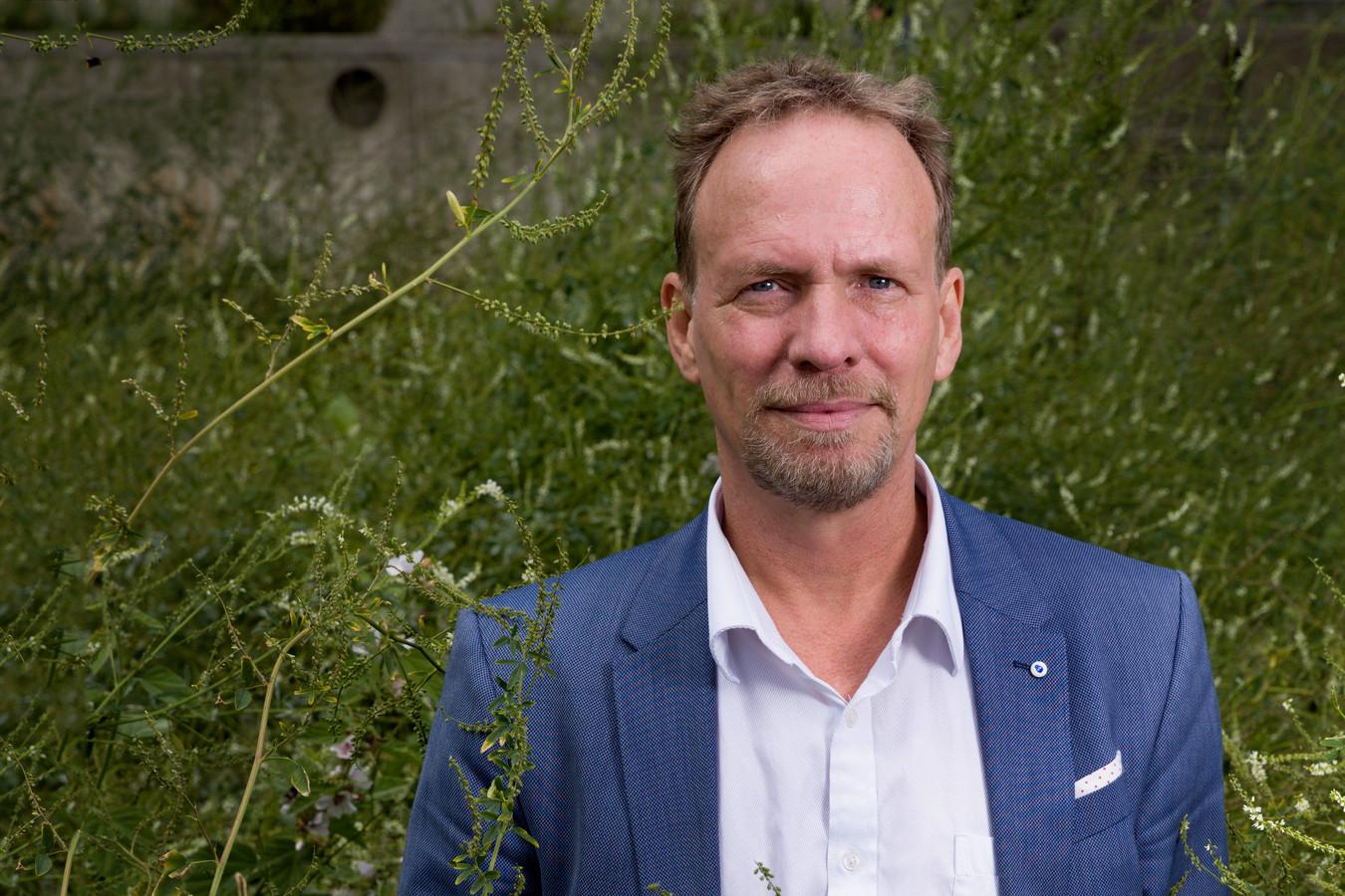 Natuurgedeputeerde Johan van den Hout.