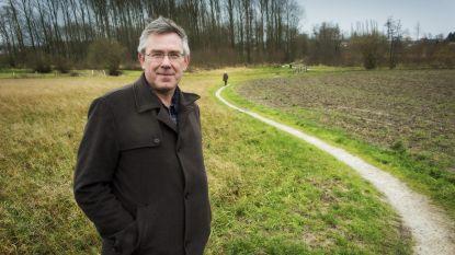 """Burgemeester pleit voor alternatieve snelheidscontroles: """"Boetes voor de hardrijders, geschenkjes voor de rest"""""""