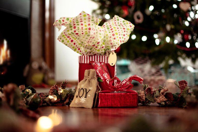 Kerstgeschenken creatief inpakken