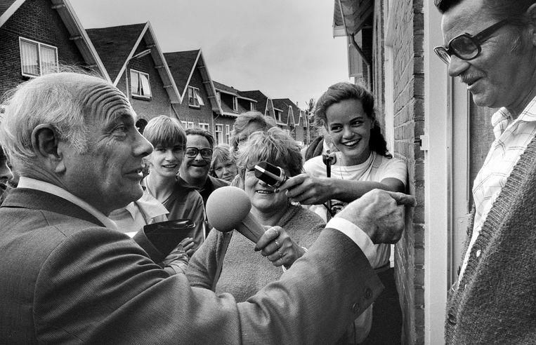 Breda, 1982, Joop den Uyl op verkiezingstoernee in Breda.  Beeld Hollandse Hoogte / Piet den Blanken
