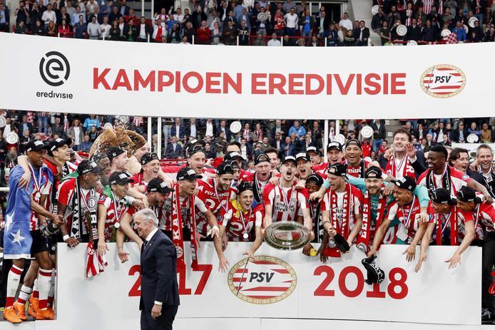 PSV doet ook commercieel goede zaken na de net veroverde landstitel.