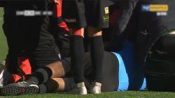 Scheidsrechter stuikt in elkaar tijdens voetbalmatch en overlijdt